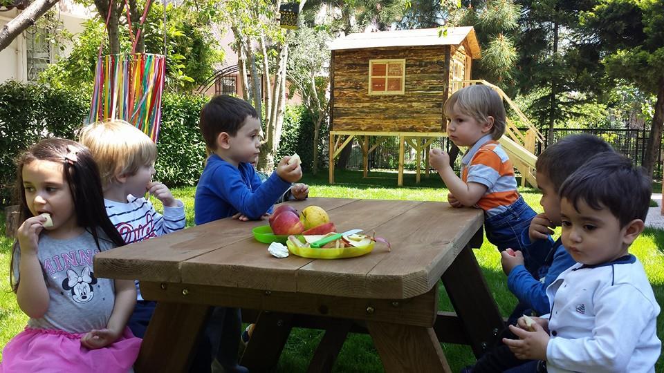 Çocuğu Sadeleştirmek Zihinsel Sağlık Sorunlarına Karşı Koruyabilir.